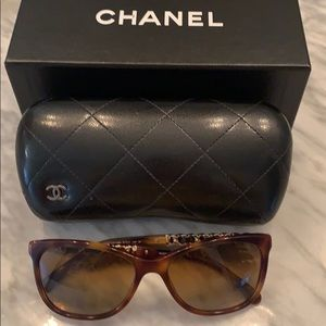 Chanel Polarized Tortoise Shell sunglasses